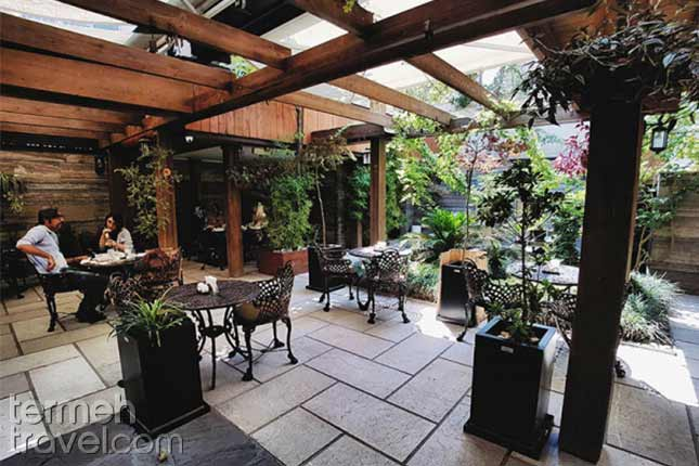 Ananda Cafe and Restaurant-Termeh Travel. Guide For Vegetarians and Vegans Traveling to Iran