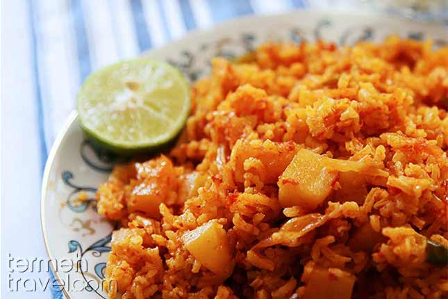 Dampokht-e Goje-Persian Foods-Termeh Travel