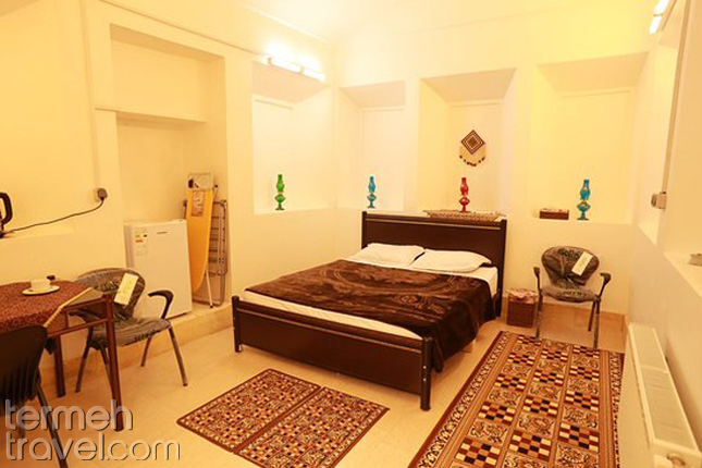Good Feeling Hostel of Yazd- Termeh Travel