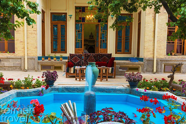 Mahbibi Hostel in Isfahan- Termeh Travel