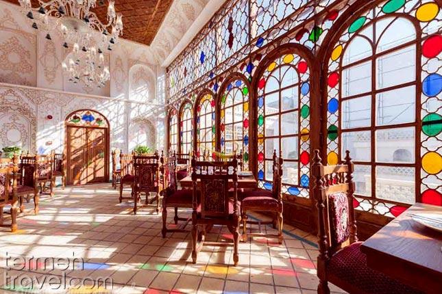 Qasr Monshi in Isfahan- Termeh Travel