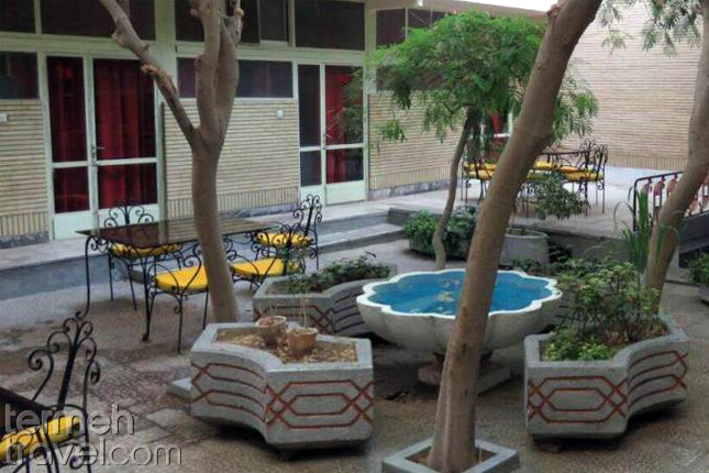 Amir Kabir Hostel in Isfahan- Termeh Travel