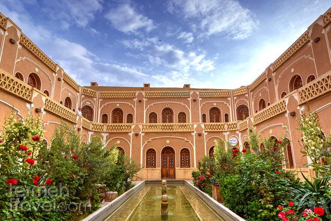 Yazd's Hotel- Termeh Travel
