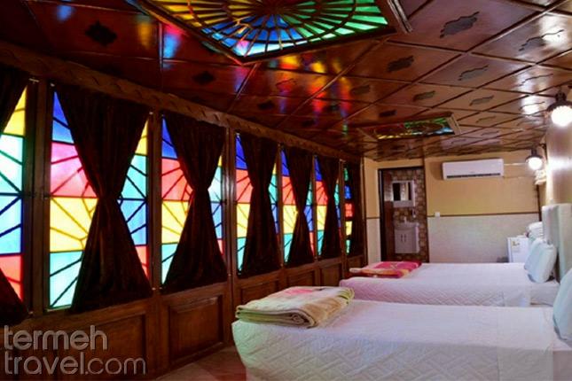 Niyayesh Hotel in Shiraz- Termeh Travel