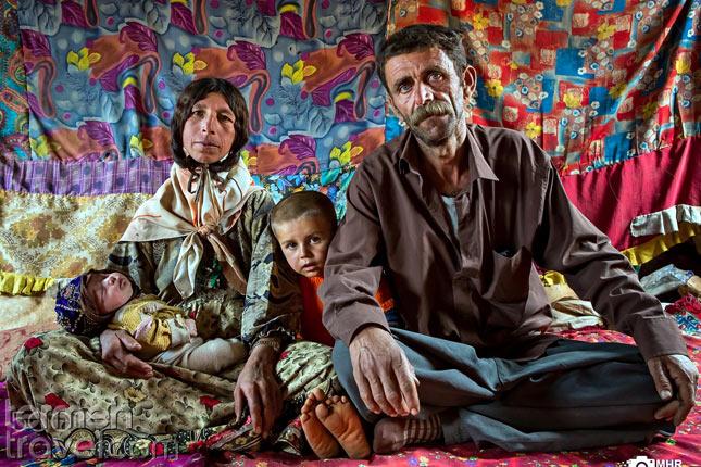 A nomadic family in Iran- Termeh Travel