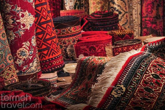 Buying Persian Carpet- Termeh Travel