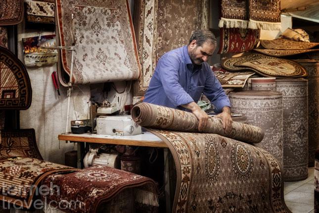 Kashan Rug- Termeh Travel