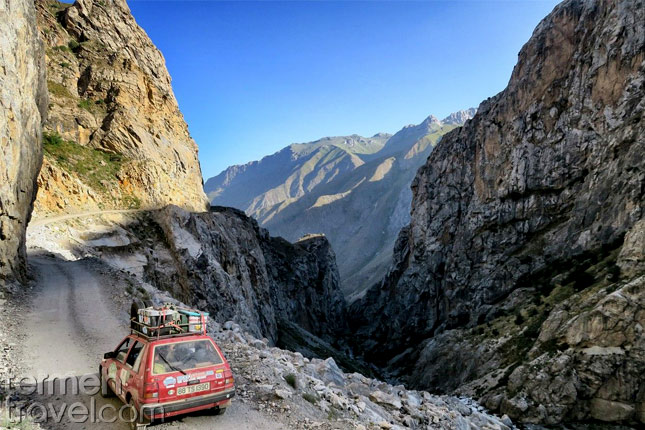 Mongol Rally in Iran- Termeh Travel