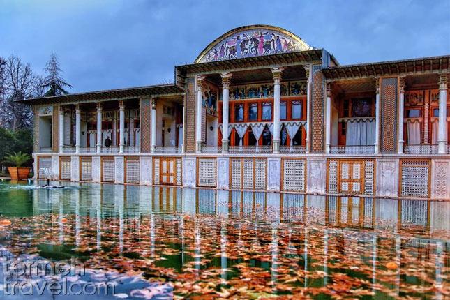 Persian Garden Shiraz- Termeh Travel