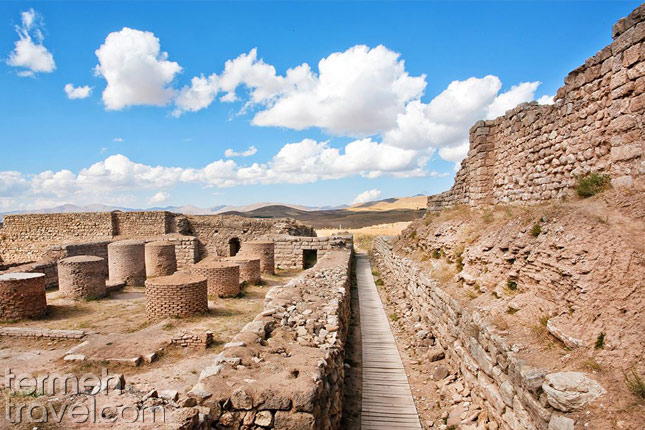 Takht-e Soleyman, Anahita's Temple- Termeh Travel