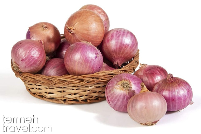 Onion for Tahchin- Termeh Travel