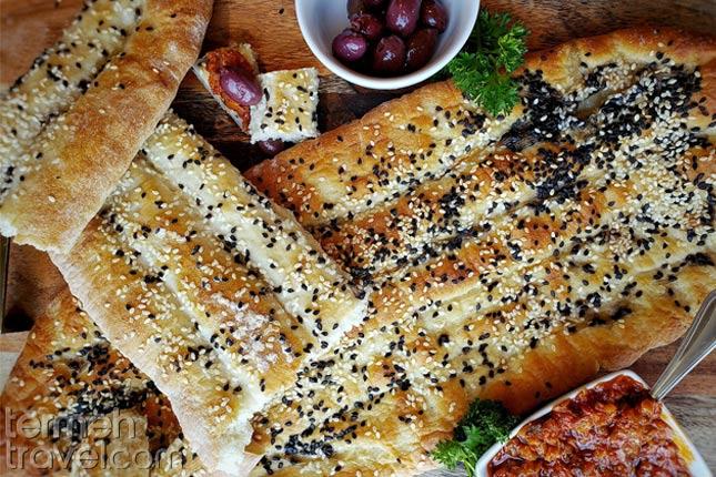 Persian Bread, Barbari- Termeh Travel