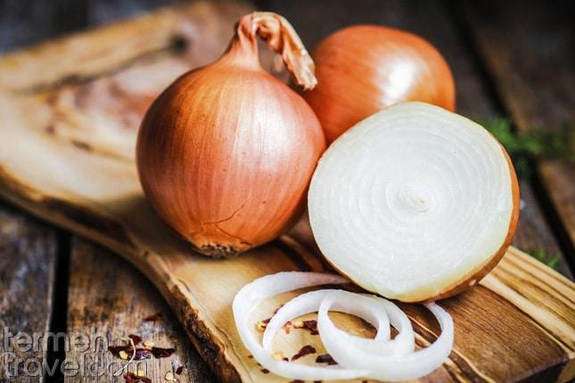 Onion- Termeh Travel