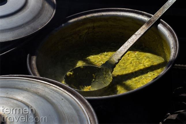 cooking Ash Reshteh