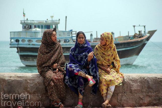 Iranian Arab women-Different languages in Iran- Termeh Travel