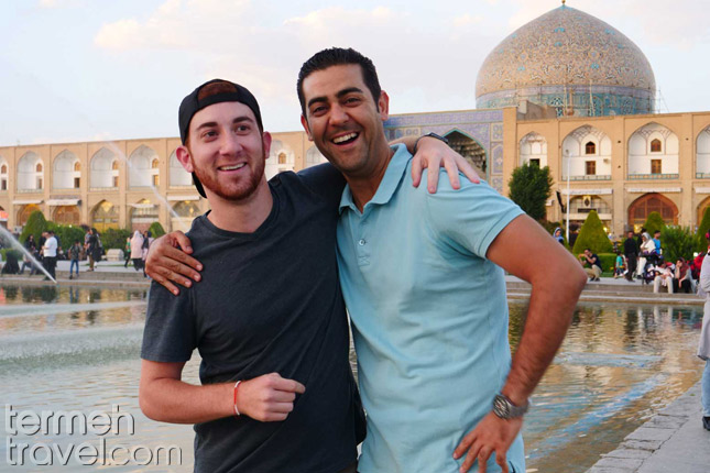 An American citizen with an Iranian in Isfahan- Termeh Travel
