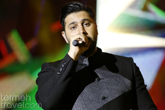 Recent Persian Pop Singers- Ehsan Khajeh Amiri on stage- Termeh Travel