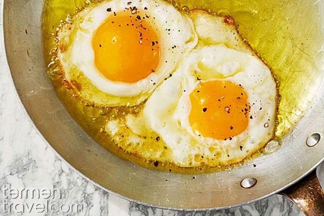 Nimroo, sunny side eggs