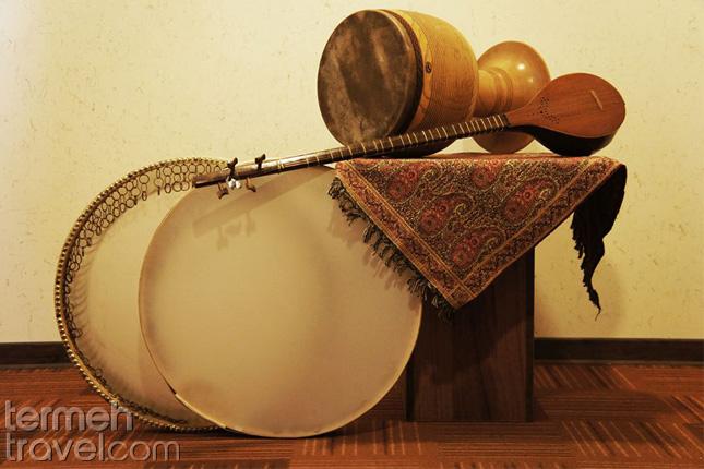 Persian instruments- Termeh Travel