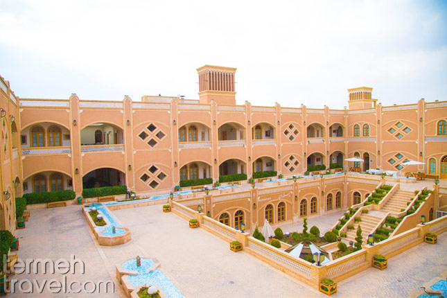 Deser area architecture- Termeh Travel