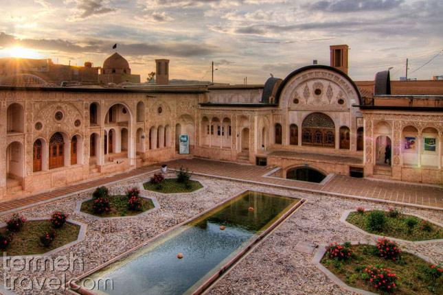 Tabatabaeiha house- Termeh Travel