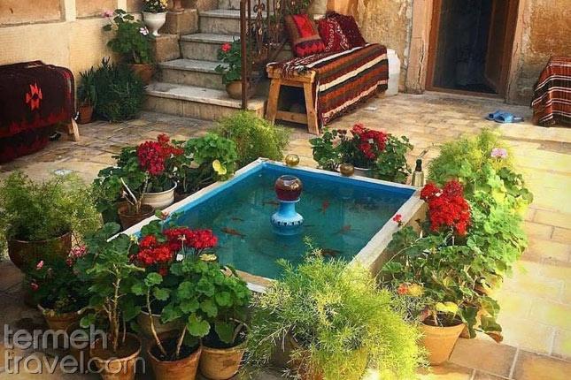 Persian yard- Termeh Travel