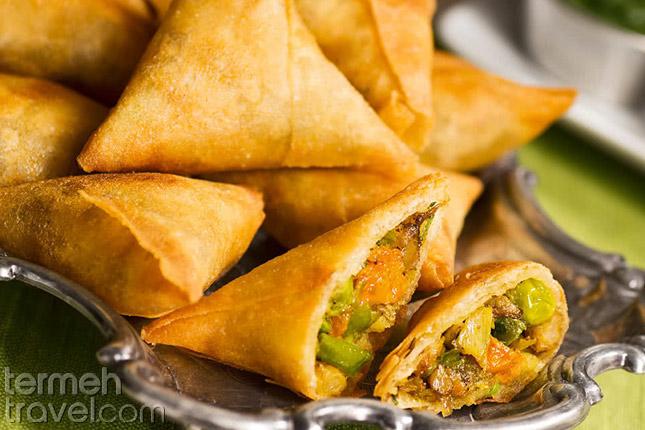 Persian Samosa- Street food in Iran- Termeh Travel