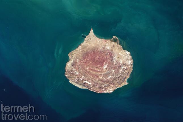 Hormuz Island- Termeh Travel