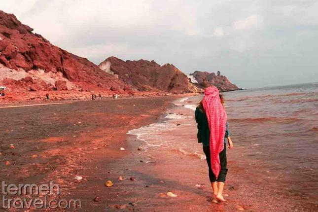 Red Beach- Hormuz- Termeh Travel